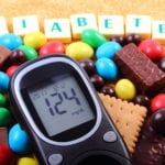 Diabetes Management Tips When Your Mom Also Has Alzheimer's